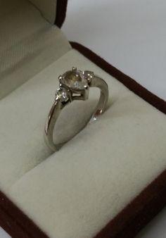 Vintage Ringe - Ring Silber 925 Kristallsteinchen Vintage SR640 - ein Designerstück von Atelier-Regina bei DaWanda
