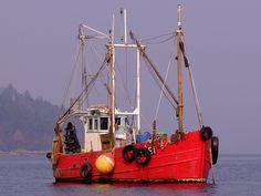 FISHING BOAT ARDENTINNY