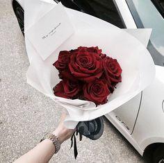 - sarah💦 Greenery, Flower Arrangements, Love Flowers, Beautiful Flowers, Flowers Today, Flower Girls, My Flower, Red Flower Bouquet, Paper Bouquet