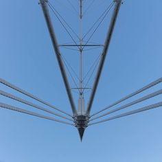 Principality Stadium (formerly Millennium Stadium) structural mast Cardiff. Architect: Bligh Lobb Sports Architecture. Engineer: WS Atkins.#ukcoastwalk Photo: Quintin Lake www.theperimeter.uk