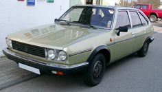 Renault 30.The R20 and R30 models were produced between 1975 and 1984. At the time the most luxurious and expensive models were Renault. They can be characterized together as they were almost identical. The two cars are easily distinguished by their headlights as the Renault 20 had two rectangular headlights while the Renault 30 had four round headlights. Beyond the similarities, they differed in their price, making the R30 a bit more expensive .
