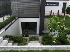 Gartengestaltung-Wangen The Effective Pictures We Offer You About entrance architecture A quality picture can tell you many things. You can find the most beautiful pictures that can be presented to yo Basement Living Rooms, Stairs In Living Room, Basement House, Basement Apartment, Basement Stairs, Basement Entrance, Basement Lighting, Basement Windows, Entrance Lighting