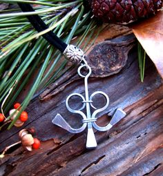 Items similar to Medieval, Equestrian Jewelry, Horseshoe Nail Pendant on Etsy Horseshoe Nail Art, Horseshoe Crafts, Nail Jewelry, Jewelry Crafts, Ammo Jewelry, Jewellery, Horse Shoe Nails, Horse Shoes, Welding Art Projects