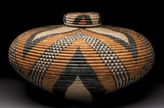Zulu basketry began to die out because of tin and plastic containers, but now the craft is flourishing.