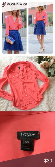 J.Crew Blythe Top in Silk This top is in excellent condition!  Size XXS Pit to pit is approx 17 inches  Length is approx 25 inches  Smoke and pet free home! No trades! No modeling! And no flaws like stains or holes😊 J. Crew Tops Blouses