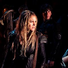 """Bellamy Blake and Clarke Griffin in 3x11 """"Nevermore"""""""