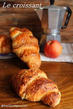 fusillialtegamino: Croissant sfogliato alla spuma di mele