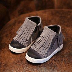 Primavera Otoño Invierno niño/niña/niño motocicleta botas de cuero nobuck martin botas fringe pisos zapatos zip color sólido botas cortas