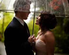 reminds me of my first kiss in the rain, under my bubble umbrella, with no one else around us, with that someone that makes me smile!