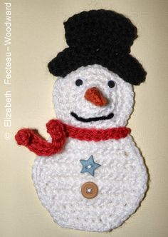 Snowman applique crochet free. use link here http://sayverysweetthings.com/patterns/patterns/freddo-snowman/