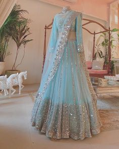 Party Wear Indian Dresses, Indian Wedding Gowns, Designer Party Wear Dresses, Indian Gowns Dresses, Indian Bridal Outfits, Party Wear Lehenga, Indian Fashion Dresses, Indian Designer Outfits, Dress Indian Style