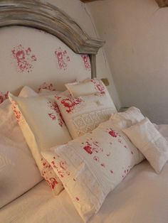 The French France. The bed I bought for French France was VERY important. French Country Bedrooms, French Country Cottage, French Country Decorating, Cottage Chic, Rose Cottage, Country Style, Rustic Bedroom Design, Bed Linen Design, Bedroom Decor