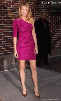 Blake Lively in Diane von Furstenberg dress and Jimmy Choo pumps, March 2009