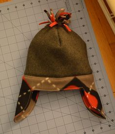 Sewing Gifts For Men Sewing Barefoot: little man hat Sewing Men, Love Sewing, Sewing For Kids, Baby Sewing, Sewing Clothes, Men Clothes, Barbie Clothes, Fleece Crafts, Fleece Projects