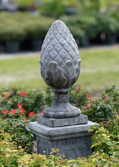 Pineapple - symbol of prosperity since colonial times.