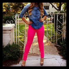 Hot pink pants with a blue jean shirt. I guess I can wear my blue jean shirt with any color pants....