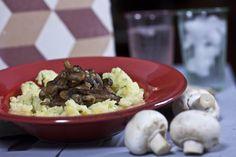 Πουρές πατατάς με μανιτάρια και θυμάρι Rice, Cooking Recipes, Easy, Food, Cooker Recipes, Chef Recipes, Meals, Yemek, Laughter