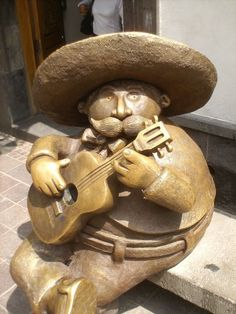 Sculpture by one of Our Artist: Rodo Padilla in Tlaquepaque, Jalisco Mexico Art, South Of The Border, Mexican Artists, Mexican Style, Ceramic Art, Sculpture Art, Folk Art, Street Art, Statue