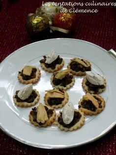 tartelettes fines aux champignons, foie gras ou quenelle de chèvre