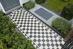 Hausgärten, Vorgärten, Kleine Gärten, Rote Fliesen, Weiße Fliesen,  Viktorianischer Vorgarten, Viktorianische Terrasse, Design Kleiner Gärten