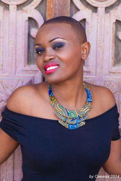 CEEWAX est une marque de bijoux en wax (colliers et bracelets) créée fin 2013 par Charlie Cee. Charlie Cee propose également des bracelets pour les assortir aux colliers et parfaire l'originalité de la femme qui portera ces bijoux. Les bijoux Ceewax ont pour vocation d'embellir chaque femme qui les portera, en révélant son côté unique ...