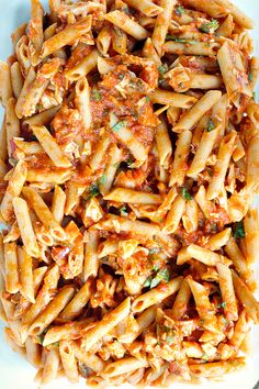 "Less than 20 minutes to make! // ""Caprese Pasta Bake"" 