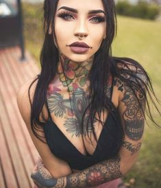 Tattooed girl model Felisja Piana from Sardinia, Italy Hot Tattoos, Body Art Tattoos, Girl Tattoos, Tattoos For Women, Creepy Tattoos, Asian Tattoos, Tattos, Tattoed Women, Tattoed Girls