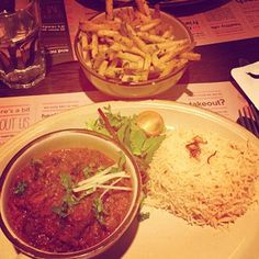 you gotta have fries #tamatanga on Tagboard Hashtags, Thai Red Curry, Fries, Tasty, Beef, Social Media, Fan, Chicken, Ethnic Recipes