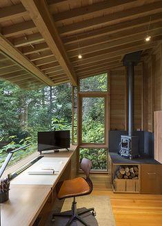 Tiny Studio, House Studio, Trendy Home, Home Office Design, Office Designs, Tiny Home Office, Maine House, Office Interiors, Cheap Home Decor