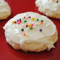 Homemade By Holman: Soft and Thick Sugar Cookies