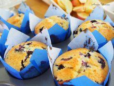 Parhaat Mustikkamuffinssit Dessert Recipes, Desserts, Cupcakes, Cookies, Baking, Breakfast, Food, Tailgate Desserts, Crack Crackers