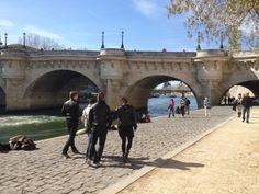 Le Pont Neuf à Paris le 1er avril 2012