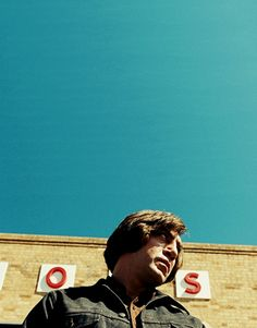 No Country for Old Men (2007) by Ethan and Joel Cohen with Javier Bardem, Josh Brolin, Tommy Lee Jones, Woody Harrelson...
