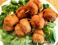 Con tu pan te lo comas: PINCHOS DE CHAMPIÑONES Tapas Menu, Tapas Bar, Nut Recipes, Mexican Food Recipes, Ethnic Recipes, Madrid Food, Food Platters, Mushroom Recipes, Creative Food