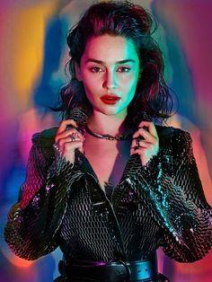 Cine Series: Emilia Clarke con su inconfundible belleza es portada en la revista CQ