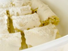 Chicken Alfredo Lasagna Roll-ups - perfect for dinner tonight or freezer safe for another meal!