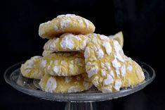 Galletas craqueladas de limón La verdad es que en otras épocas mas frías del año triunfan las galletas con otro sabores mas tradicionales como las de chocolate, las de especias…