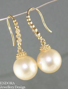 Wedding pearl earringsVintage Ivory Creamrose by EndoraJewellery, $28.00