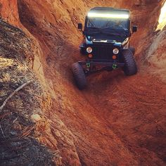 #TuckedTuesday www.jeepbeef.com  _______  #jeepbeef #jeep by @magicnate441 #twisted #Padgram