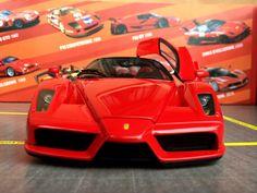 Ferrari Enzo 2002 BBR 1:18