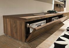 tameta detail tv meubel in hout, lade voor hifi, digicorder , bbox, telenet, belgacom knokke meubel tv led plasma