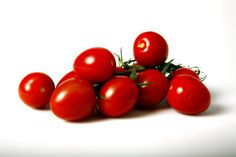 bakteriebombe. Tomater er en af de typer frugt og grønt, du skal være særligt opmærksom på at skylle grundigt. Der er risiko for, at der kan være både norovirus og salmonella på tomater. - Foto: METTE DUEDAHL