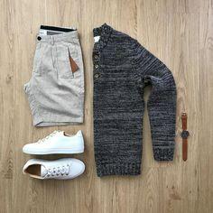 "3,848 Me gusta, 41 comentarios - Junho (@mrjunho3) en Instagram: ""Summer evening vibes ✌Rate this outfit 1-10 below! ⤵️ Shirt: @standardissuenyc Shorts: @hydenyoo…"""