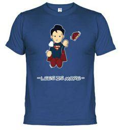 Superman T-Shirt #Superman #TShirt #Camiseta #MenosEsMas #LessIsMore disponible en http://www.latostadora.com/losmonigotes/superman/403855