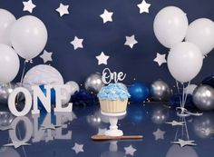 Blue, silver and white set up for a gorgeous little man's first birthday cake smash ✨ . Boys 1st Birthday Cake, 1st Birthday Photoshoot, Cake Smash Backdrop, 1st Birthday Girl Decorations, Kent London, Girl Cakes, First Birthdays, Pictures Of Babies, Side Dishes