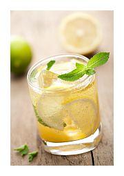 Deze limonade is lekkerder dan eender welke frisdrank uit een busje. http://legallyraw.be/zelfgemaakte-citroenlimonade/