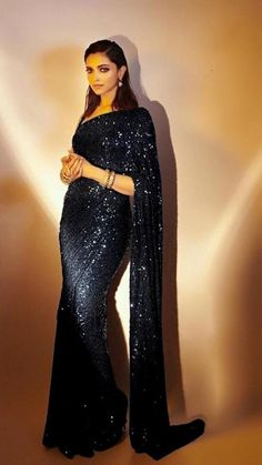 Indian Fashion Dresses, Indian Designer Outfits, Indian Outfits, Indian Attire, Pakistani Outfits, Indian Clothes, Indian Wear, Fashion Outfits, Bollywood Designer Sarees