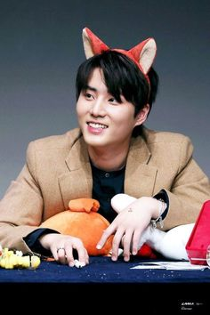 The first international site dedicated to updates about Brian Kang Younghyun (YoungK) since. Hyun Young, Young K Day6, Kim Wonpil, 1st Birthday Cakes, Fandom, Pin Pics, Shared Folder, Mark Tuan, Jackson Wang