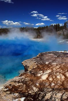 Excelsior Geyser, Yellowstone National Park, Wyoming