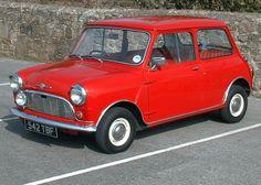 Morris Mini Minor. Timeless peice of British engineering.